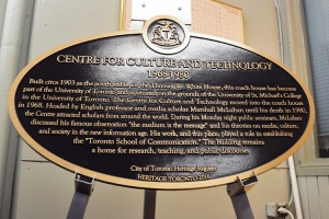 mm_toronto-school_heritageplaque_2016